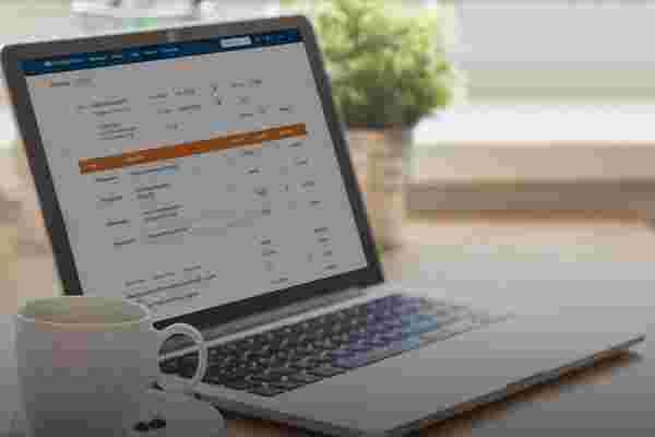 4个以简化设计主导市场份额的网络应用