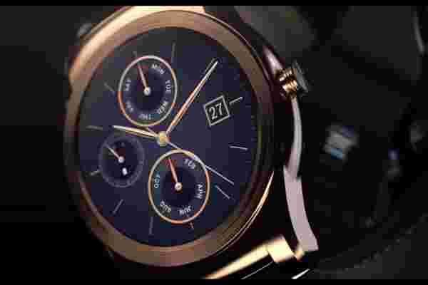 LG刚刚推出了1,200美元的黄金智能手表