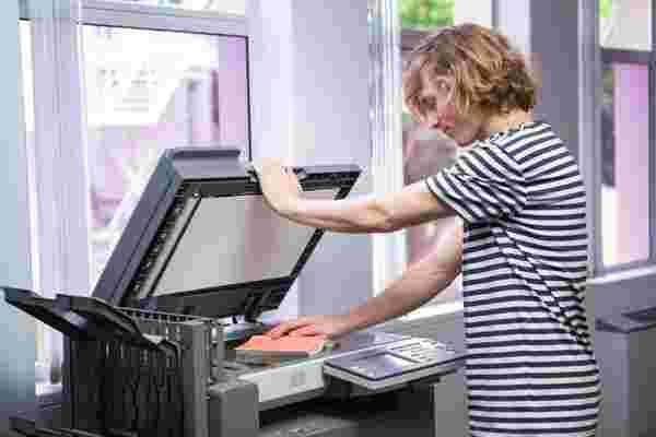 施乐的新技术用一种语言扫描文档,然后用另一种语言打印文档