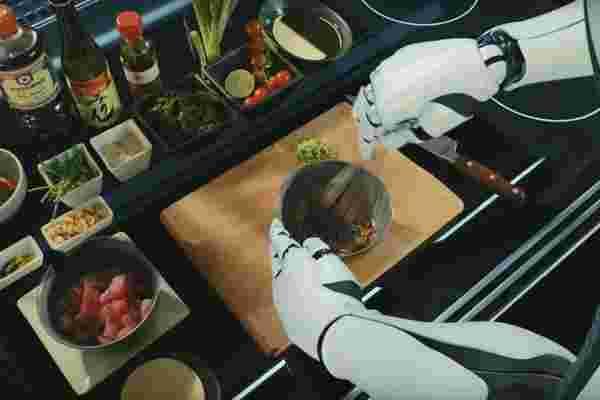 这个机器人可能非常适合讨厌烹饪的懒人